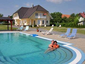 Häuser mit Pool